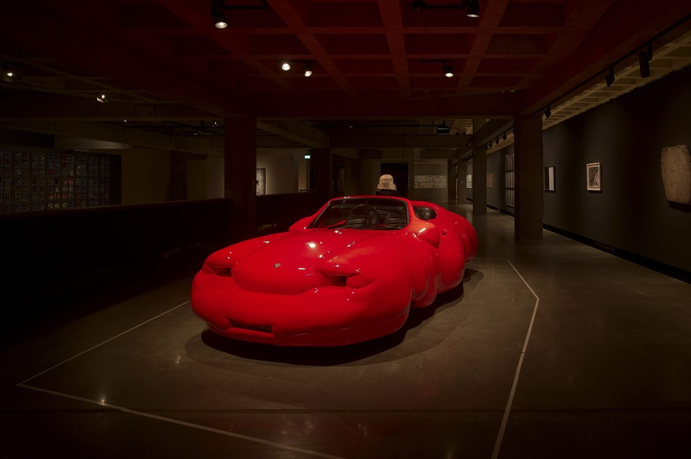 Fat Car, 2006 Erwin Wurm